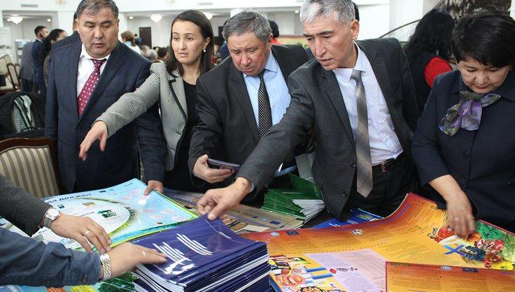 Информационные материалы проекта переданы в школы и районные отделы образования