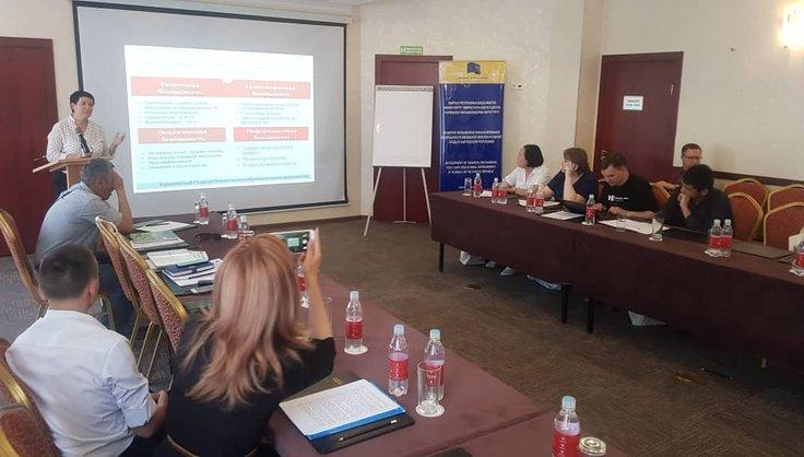 Школа №61 / Учителя УК АФМШЛ №61 приняли участие в семинаре «Информационная безопасность как значимый аспект безопасной образовательной среды»